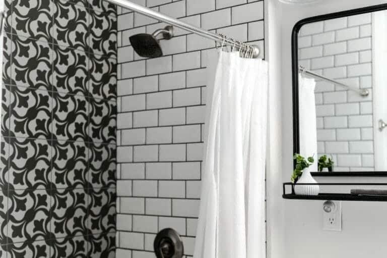 Transform Your Bathroom with Trendy Bathroom Renovations Updates