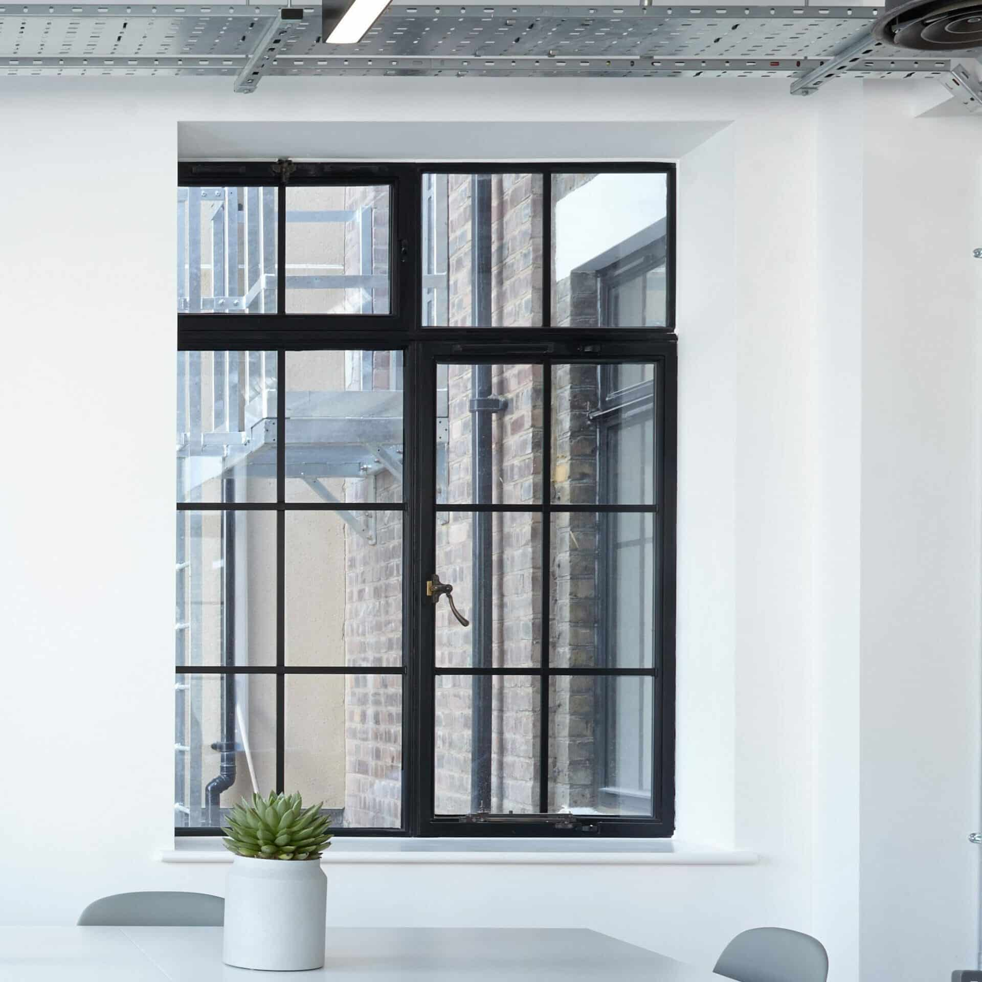 no_image_modern_office